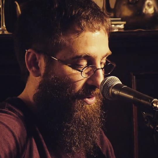 """Entrevista Andrés Sudón (conciertosensalamanca.com) presentando """"Perdidos"""" en la Sala TioVivo"""