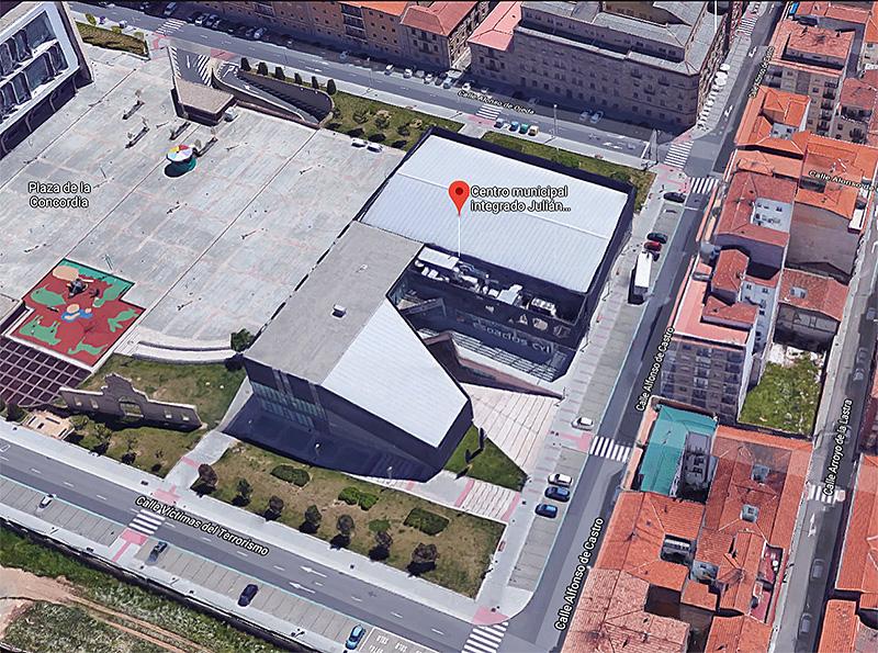 """Centro Municipal Integrado """"Julián Sánchez El Charro"""" (Google Maps)"""